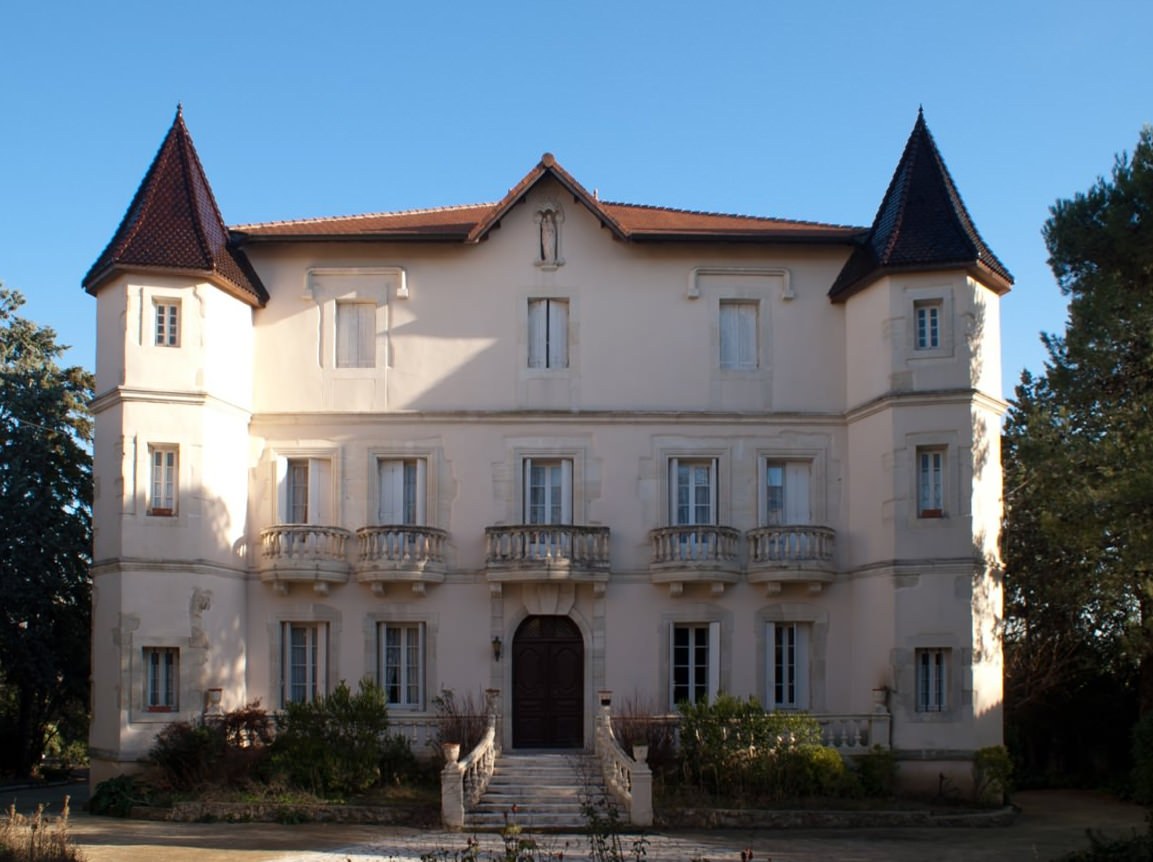 The Château before refurbishment